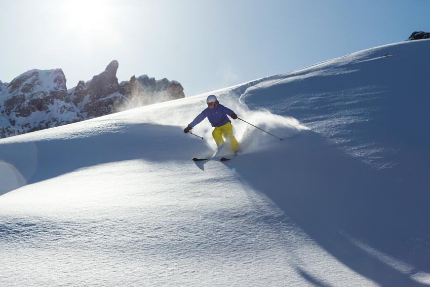 ski et surf sur le domaine des sybelles hiver. Black Bedroom Furniture Sets. Home Design Ideas